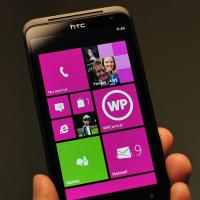 Видео кастомной прошивки Windows Phone 7.8 для HTC Titan