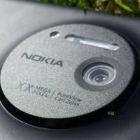 Первые фото Nokia EOS