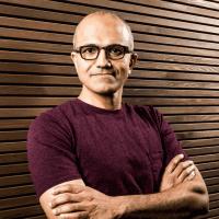 Наделла ответил на вопросы акционеров о стратегии мобильного подразделения Microsoft
