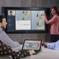 Surface Hub пользуется большим спросом
