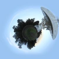 TinyPlanet доступно бесплатно