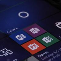 Как скрыть панель навигации в старых приложениях в Windows 10 Mobile