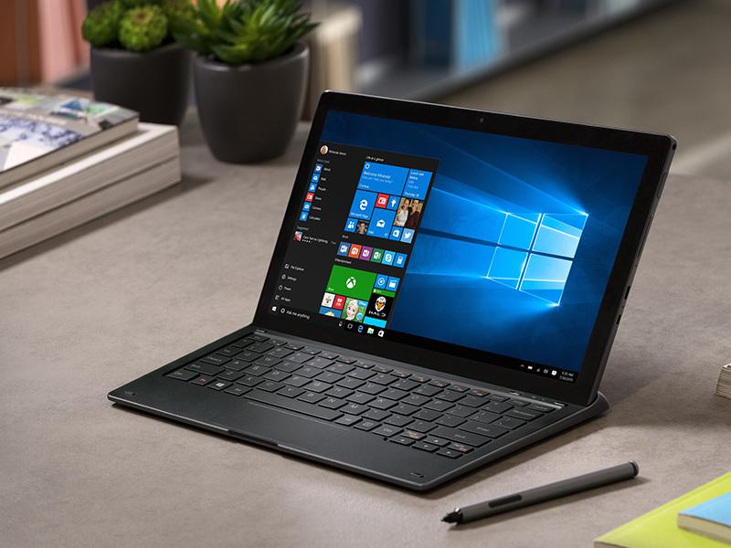 Планшет Alcatel Plus 12 имеет клавиатуру-роутер