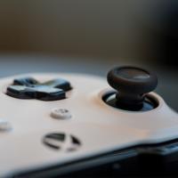 Microsoft начала праздничную распродажу игр для Xbox One