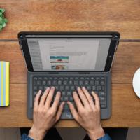 Logitech представила универсальную клавиатуру-чехол для планшетов