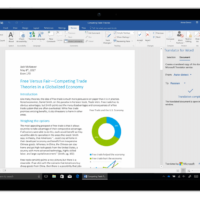 В Microsoft Word наконец появился встроенный нейронный переводчик