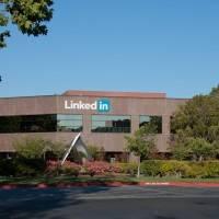 Сатья Наделла только что потратил 26.2 миллиарда долларов на приобретение LinkedIn