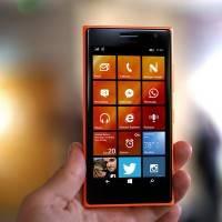 Какой смартфон на Windows лучше купить – средний сегмент