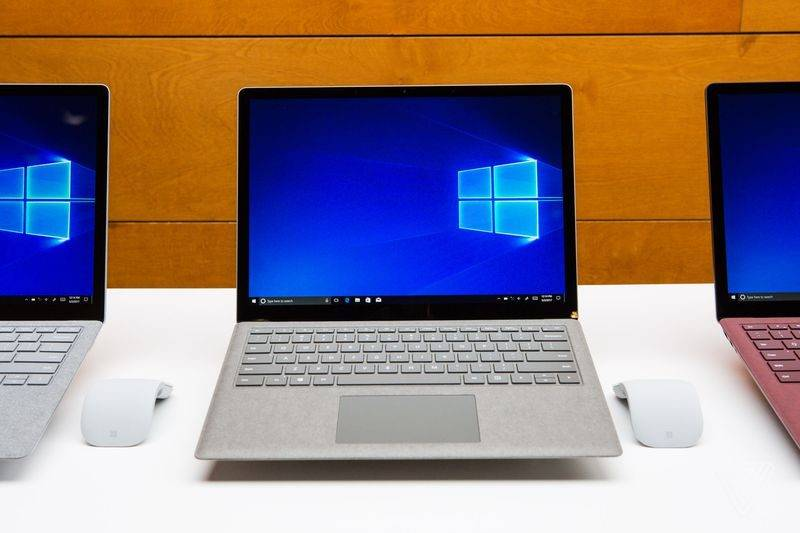 Surface Laptop (1)