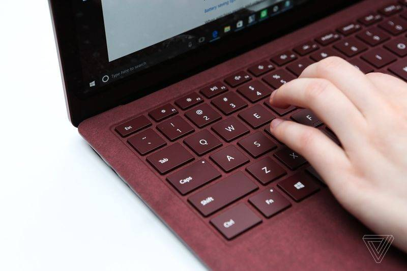 Surface Laptop (7)