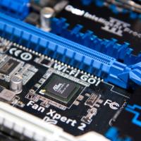 У Intel возникли трудности с внедрением PCIe 4 в чипсет для новых процессоров Comet Lake
