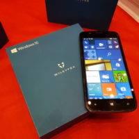 Wileyfox представила смартфон на Windows 10 Mobile
