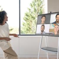 Microsoft представила 85-дюймовый Surface Hub 2