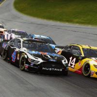 NASCAR Heat 4 и Contra: Rogue Corps доступны бесплатно подписчикам Xbox Live Gold на этих выходных